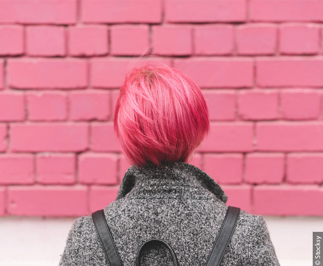 660x545_woman-with-short-pink-hair